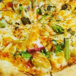 地物野菜を使った野菜ピザ(加賀野菜入り)
